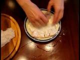 Рыба в горшочке с картошкой, грибами и сметаной